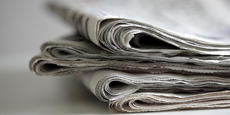 is print media dead