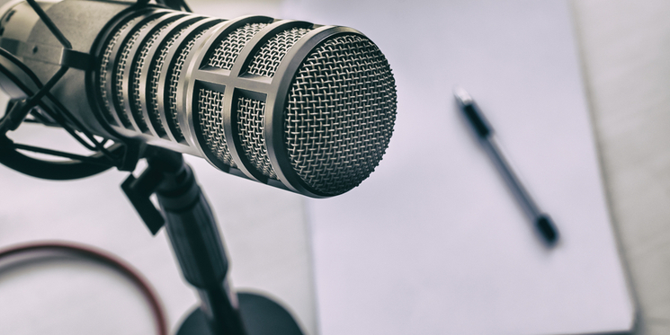 How to launch a successful podcast in 6 simple steps
